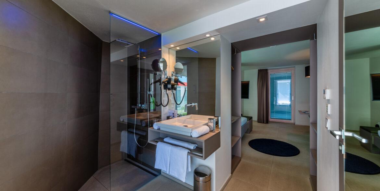 Etagenzimmer Eingang-Bad